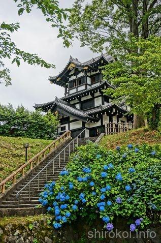 絵画調で撮影した高田城