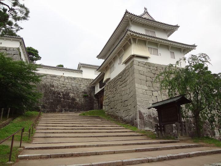 二階櫓と箕輪門と多聞櫓