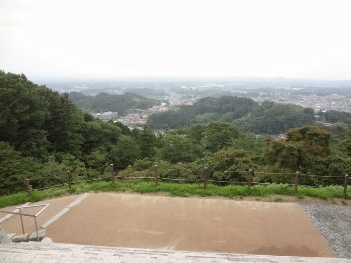 虎口から城下を眺める