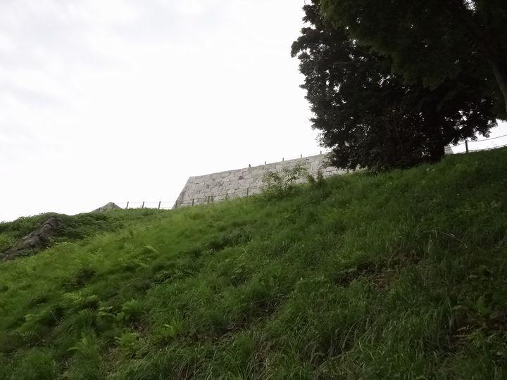 本丸直下の大石垣
