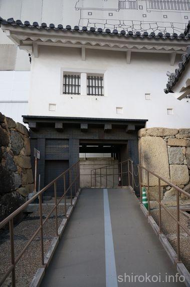 備前丸に続く門「備前門」