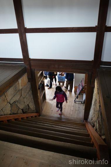 ワの櫓 階段