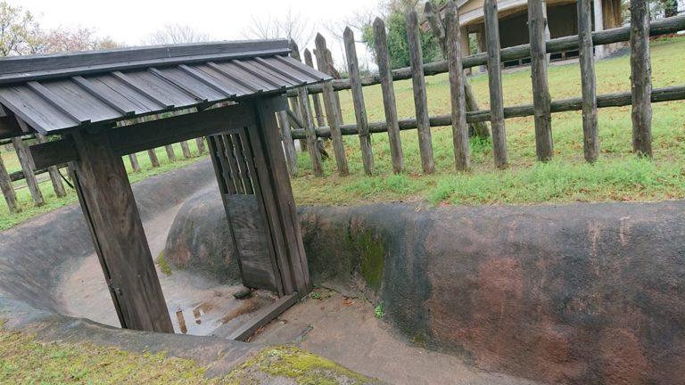 宇土古城 主郭の城門と柵